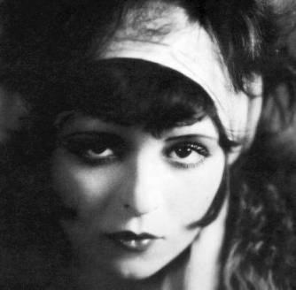 Clara Bow - uma das primeiras sex symbol de Hollywood
