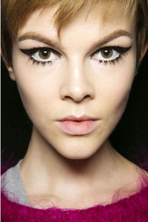 elle-anna-sui-ruby-jean-wilson-makeup