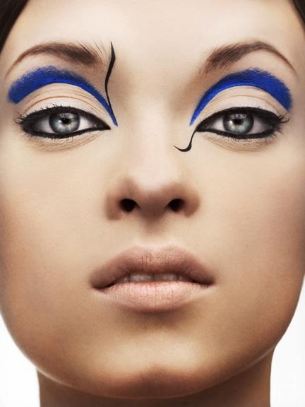 Eyeliner azul, preto, gráfico
